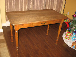 Table ancienne CIE P.T. LEGARE