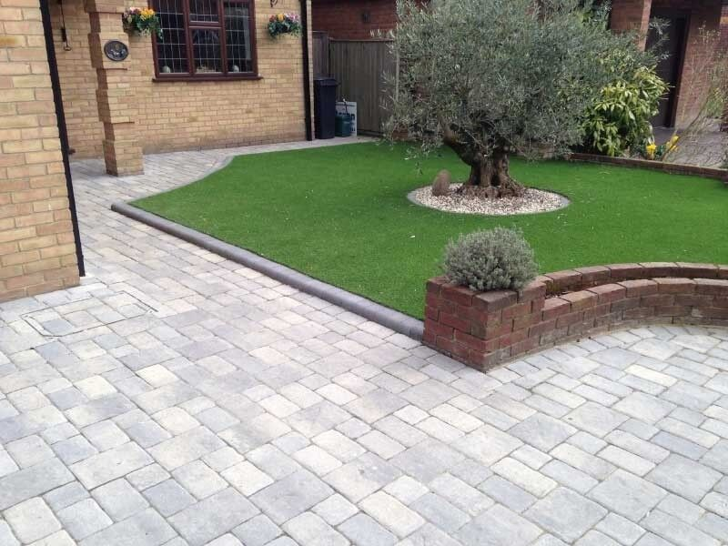 Manchester garden services paving turfing fencing trees for Front garden block paving designs
