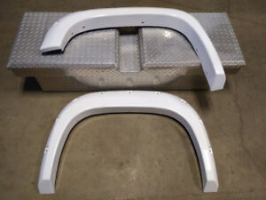 2007 - 2013 GMC Pocket Fender Flairs