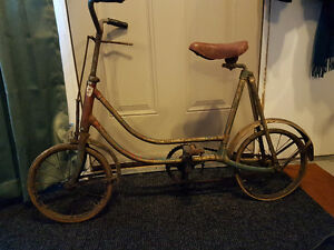 Antique Children's Bicycle....Over 90 years old!  LOOK!!!!
