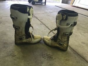 Thor riding boots size 13