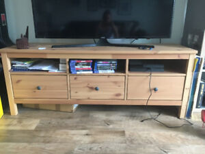 Wooden TV Bench - Like New