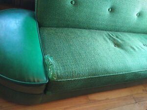 Retro sleeper couch and chair Belleville Belleville Area image 4