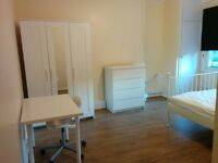 ** CALLING ALL CITY WORKERS AND ROYAL LONDON HOSP PROFESSIONALS - HUGE ROOMS AVAILABLE IN E1