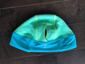 Ivivva hat with ponytail hole