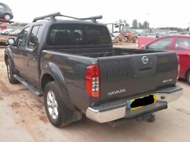 2005-2010 NISSAN NAVARA D40 2.5 DCi MANUAL/ AUTOMATIC IN GREY BREAKING FOR PARTS 67,000 MILEAGE ONLY