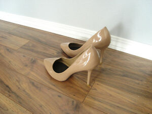 Brand new woman's leather shoes