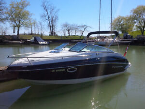 2015 Crownline 236SC Powerboat with Trailer