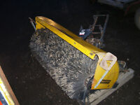 48'' Snow, Sand BRUSH attachment SWEEPSTER