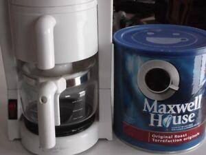 cafetière 6 tasses Black&Decker avec 925 g. café.