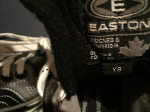 Easton ice skates size Y8 Strathcona County Edmonton Area image 3