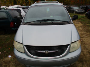 2001 CHRYSLER  TOWN COUNTRY AWD POUR LES PIECES