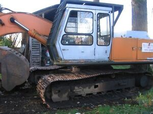 UH7-7  HITACHI EXCAVATOR