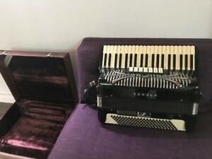 SONOLA Professional accordion
