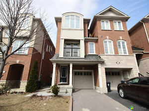 *****FREEHOLD TOWNHOUSE FOR SALE BY OWNER IN SCARBOROUGH ***