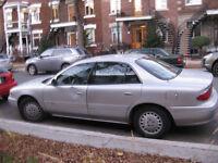 Buick century 2001 - À vendre pour pièces seulement