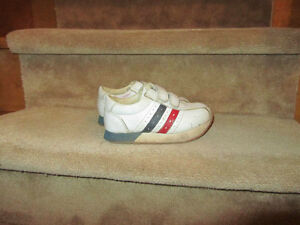 toddler running shoes size11