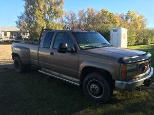 1997 GMC C/K 3500 Pickup Truck