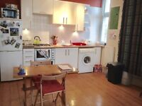 Fishponds, 1 Bed Top Floor Flat, Un-Furnished, VIEWINGS AVAILABLE 8 UNTIL 8, 7 DAYS A WEEK!