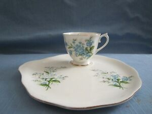 ROYAL ALBERT FORGET-ME-NOT CHINA FOR SALE! Moose Jaw Regina Area image 3