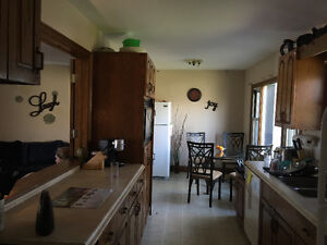 **$348.00/monthly ALL INCLUSIVE ROOMING HOUSE -available sept 1*