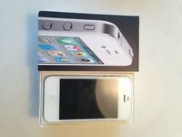 iPhone 4 32GB Fido.