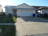 BiLevel with Sep. Entrance. 6BRM + suite + Dble Attched Garage