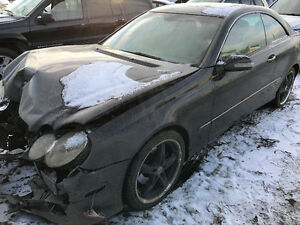 2004 Mercedes-Benz CLK 320  For Parts only