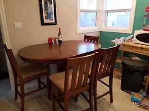 Beautiful pub height dining room set $500 OBO Edmonton Edmonton Area image 1