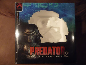 Predator 2 Masked Limited  Resin Bust West Island Greater Montréal image 8