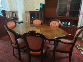 Italian style walnut veneer dining table with 6 chairs