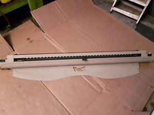 BMW E39, E46 wagon cargo cover