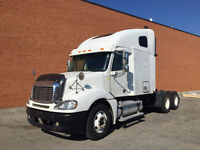 2004 FREIGHTLINER COLUMBIA - SLEEPER WHITE CL-12064ST