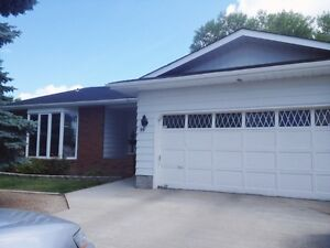 Furnished 6bd 3bath House for rent South Regina Available Now