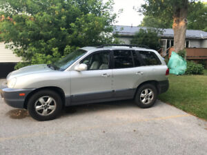2006 Santa Fe for parts or fixing