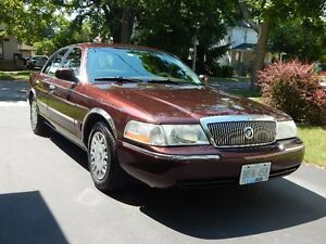 2003 Mercury Grand Marquis GS Sedan