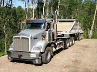 2007 kenworth tri drive tractor / dump truck 500hrs new engine