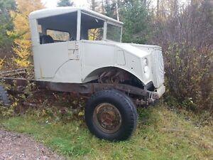 1943 Chevrolet cmp 4x4 Saguenay Saguenay-Lac-Saint-Jean image 2