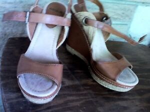 Misha Shoes, size 8, East Belleville