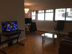 1200 $ all included 2bedroom condo prestige furnish montreal