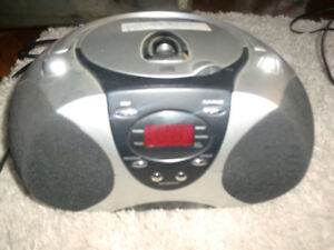 Electric or battery operated - CD/RADIO Boombox