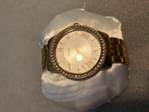 Mint condition rose gold guess watch