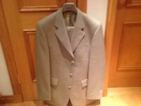 Lino Vierra Suit 42 L Trousers 36 L worn once