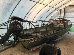 Hunting / Fishing boat with blind Windsor Region Ontario image 1