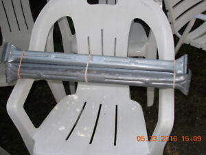 Metal clothes hangars for moving boxes/supports pour boites dem