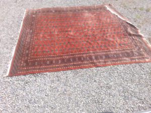 Fine Authentic Persian hand knotted  rug