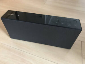 Sony SRSX-7 Speaker (Charger included)