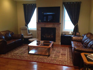 Beautiful Home in St. Mary's Stratford Kitchener Area image 3