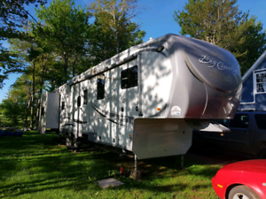 2012 Big Country 5th wheel  MAJOR PRICE DROP