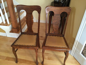 Circa 1900 Victorian Set of Six Tiger Oak Dining Chairs